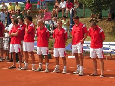 von links nach rechts: Ivo Minar, Younes El Aynaoui, Marco Mirnegg, Zbynek Mlynarik, Frantisek Cermak, Tomas Cibulek