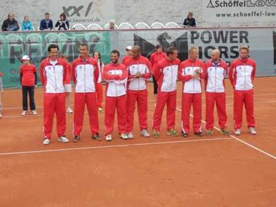 Unser Team vor dem Spiel gegen den Bremerhavener TV (Foto: Dr. Geiger)